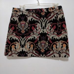 Mini skirt with floral design